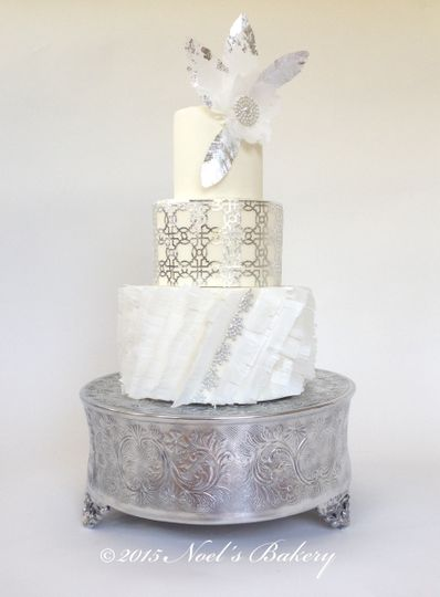 Noel S Bakery Wedding Cake Burbank Ca Weddingwire