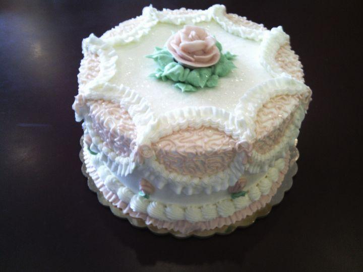 Tmx 1447694145496 9c8a3843ee65073751a5ca663fd16e68 New Oxford wedding cake