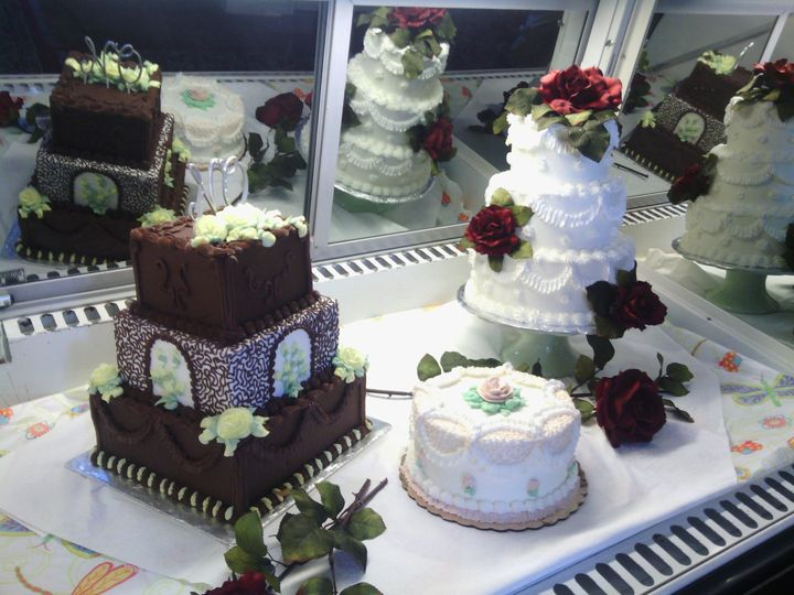 Tmx 1447694156606 9d54d2e125e965de90216f47a979fc4b New Oxford wedding cake