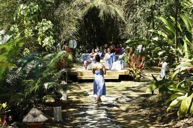 Brides maid azrrives at the Waterfall Ceremony platform