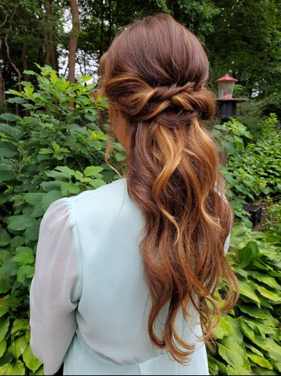 Elegant beachy waves