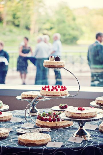 3 tier cheesecake buffet