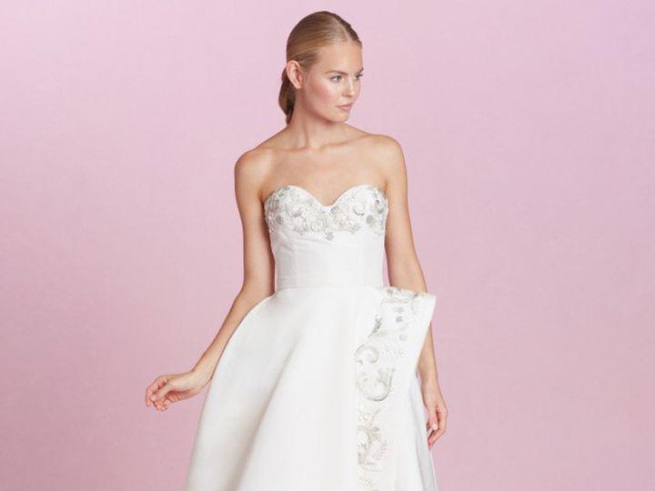 Tmx 1503587880631 P 98603 Oscardelarentadisocuntweddingdresses Enola wedding dress