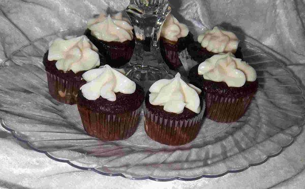 Tmx 1329756813653 Chocolatecheesecupcakes2 Rogue River, OR wedding catering