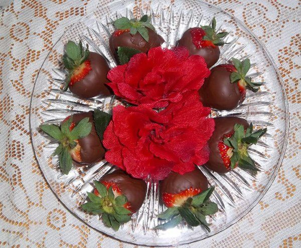 Tmx 1329760632241 Chocolatestrawberries Rogue River, OR wedding catering