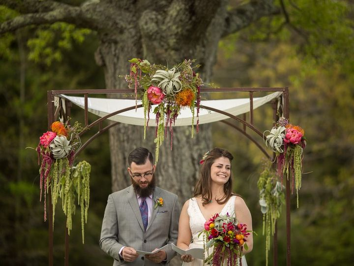 Tmx Snipes Farm Retreat 022 51 548509 1573484607 Garner, North Carolina wedding florist
