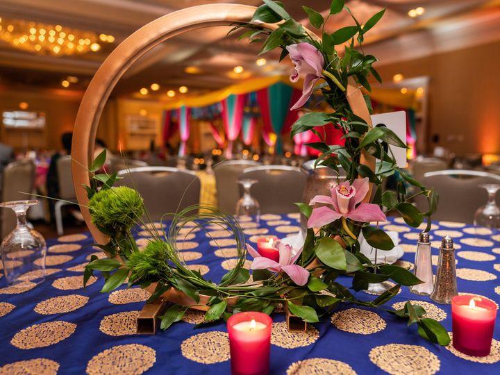 Tmx 2centerpieces 51 88509 159743239116520 New Hyde Park, NY wedding florist