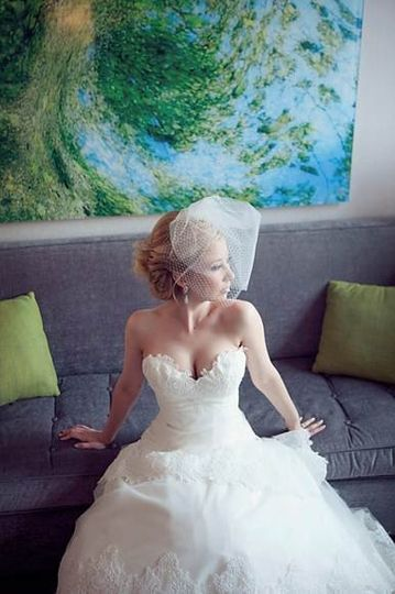 Bride posing on a sofa