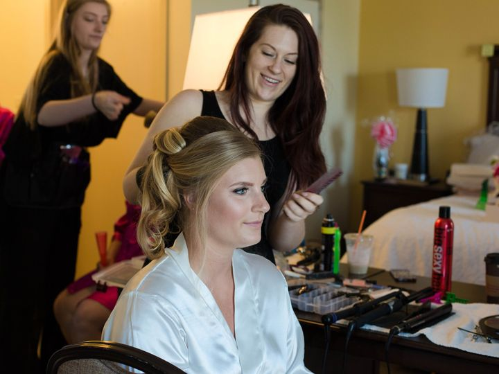 Tmx Gettingready060 1 51 159509 Doylestown, Pennsylvania wedding beauty