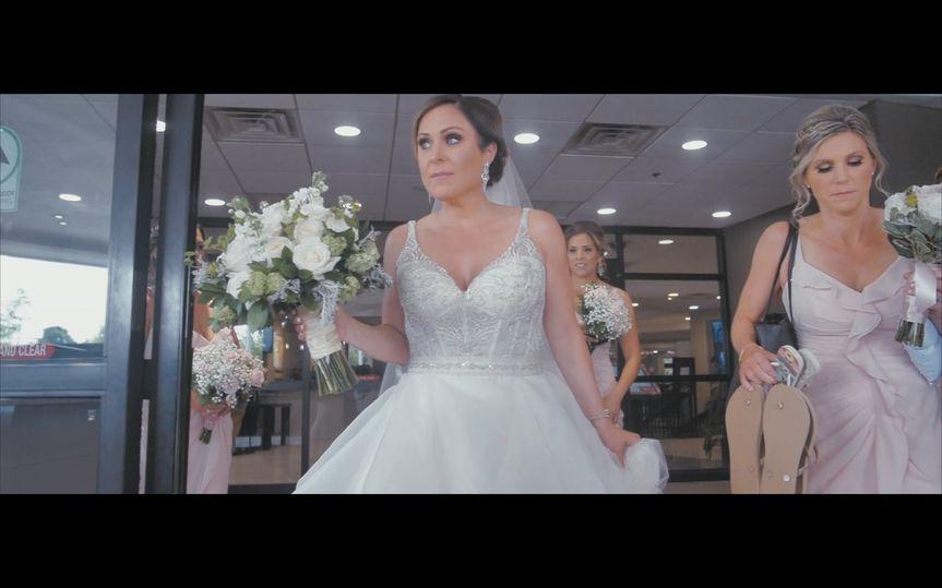 The bride and bouquet - Tre Flix Productions