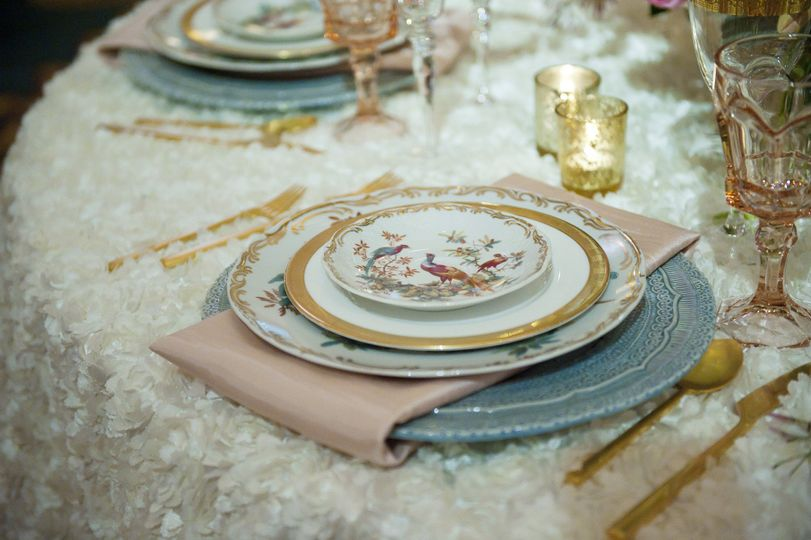 posh dr delphinium create a gorgeous pantone table