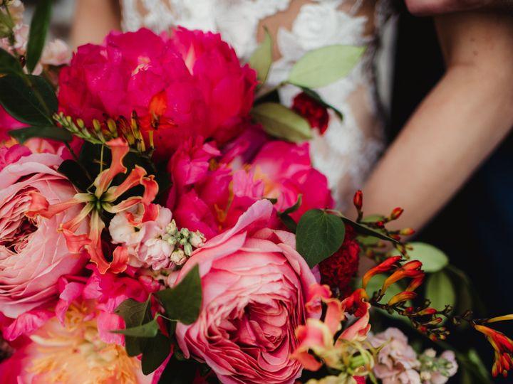 Tmx 216 To2 4000 51 91609 1556904323 Milwaukee, WI wedding florist