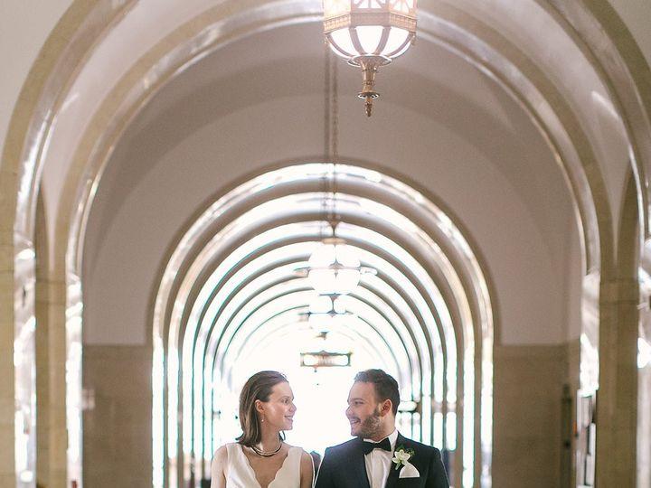 Tmx Hhwed 1266 51 91609 1555701180 Milwaukee, WI wedding florist