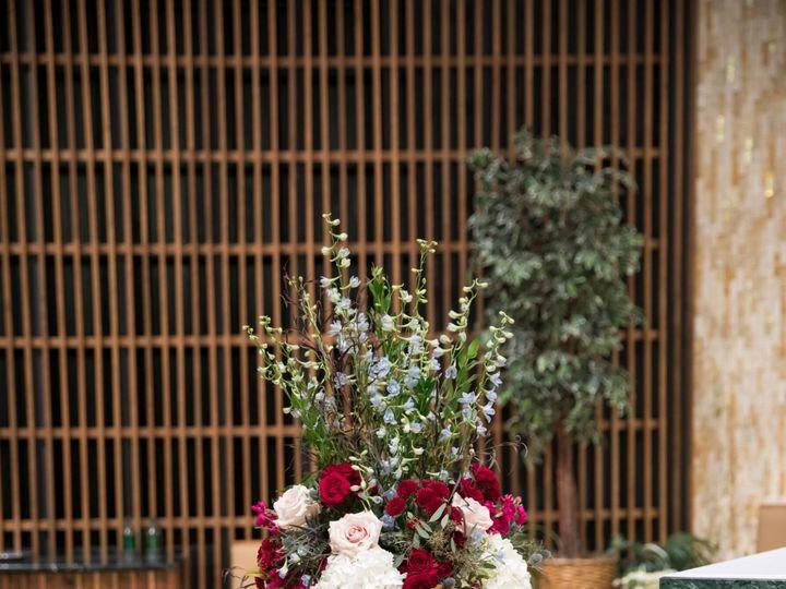 Tmx Ttwed 95 51 91609 1555701198 Milwaukee, WI wedding florist