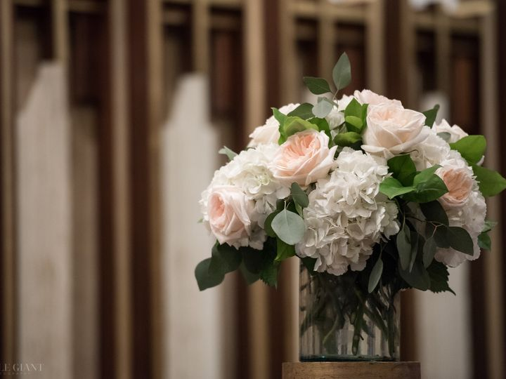 Tmx Wbartel 0388 51 91609 1555701158 Milwaukee, WI wedding florist