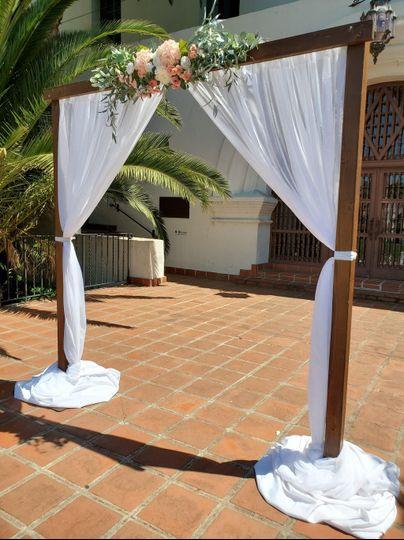 SB Courthouse Wedding Arch