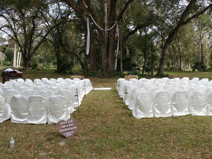Tmx 1524169820 4d995b2f2dc50bce 1524169817 7f719176556fd721 1524169816567 5 Outdoorseating2 Bushnell, FL wedding venue