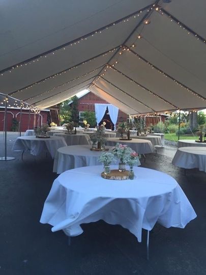 Table with centerpieces