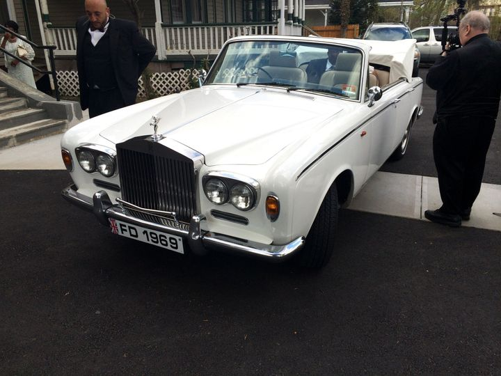 Antique rolls royce, convertible perfect for summer weddings