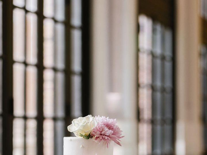 Tmx Ashley Greg S Wedding 033019 1 Naomi S Favorites 0018 51 29609 160080333433947 Owings Mills, Maryland wedding florist