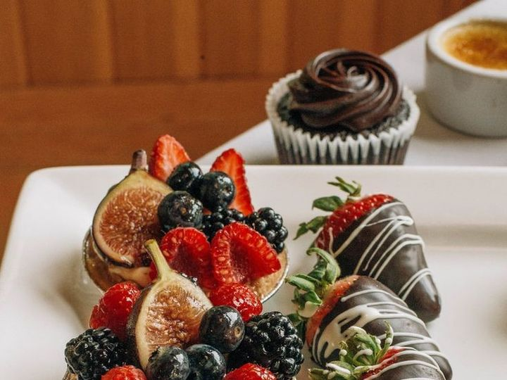 Tmx 1437592762646 Ee5777f591ce01f81297b059661655fa Beaverton wedding cake