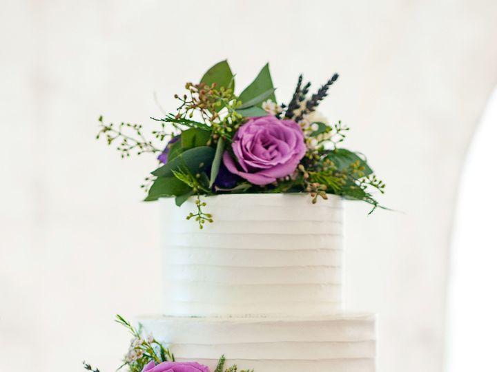 Tmx 1510026885796 Mlf6202 Beaverton wedding cake