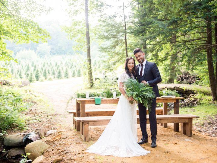 Tmx 072919 Tuckaway Tree Farm Styled Shoot 81 51 1070709 159357460089499 Biddeford, ME wedding rental