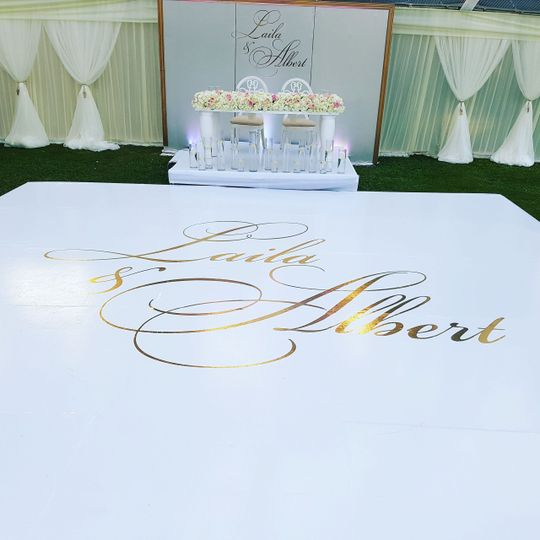 Gold foil on white Dancefloor