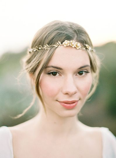 gold floral wreath hushed commotio