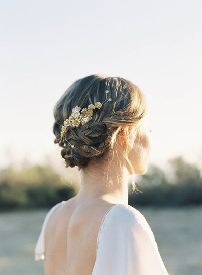 gold flower and crystal hair comb hushed commotio