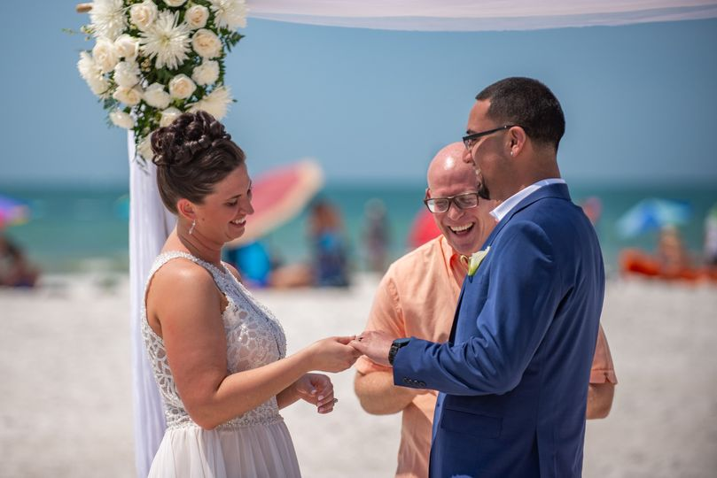 Perfect beach wedding with Gul