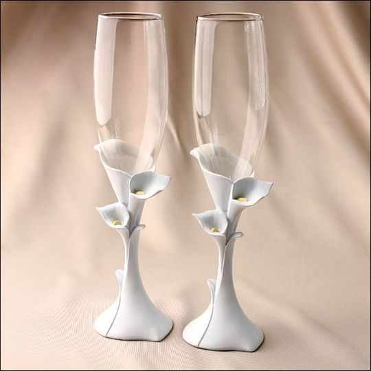 Set of 2. Calla Lilies add a touch of glamor and grace to a wedding. Now you can add that same...