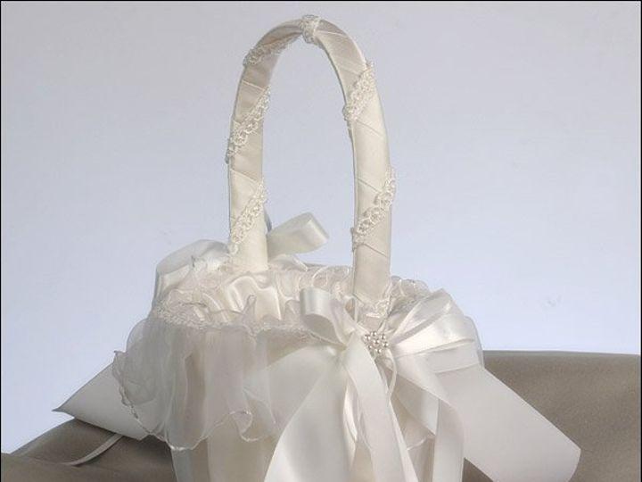 Tmx 1264368453509 Flowergirlbasketdecorawhite Deshler wedding favor