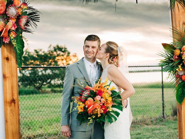 Tmx Stephanie Casey Wedding6535 51 996709 157557227421303 Corpus Christi, TX wedding photography