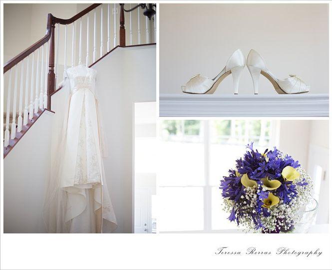Fresh and modern elegant wedding photography.