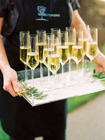 Champagne greet