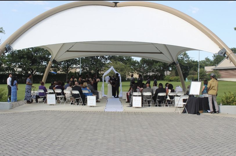 Outdoor occasion