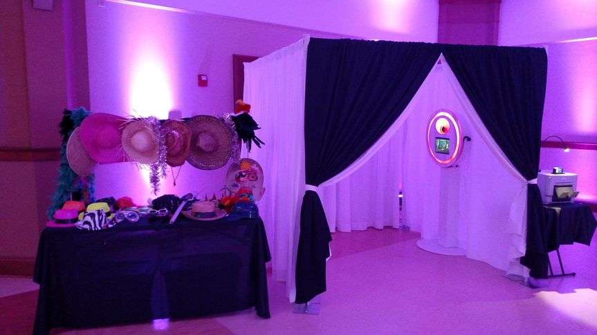 Reception booth