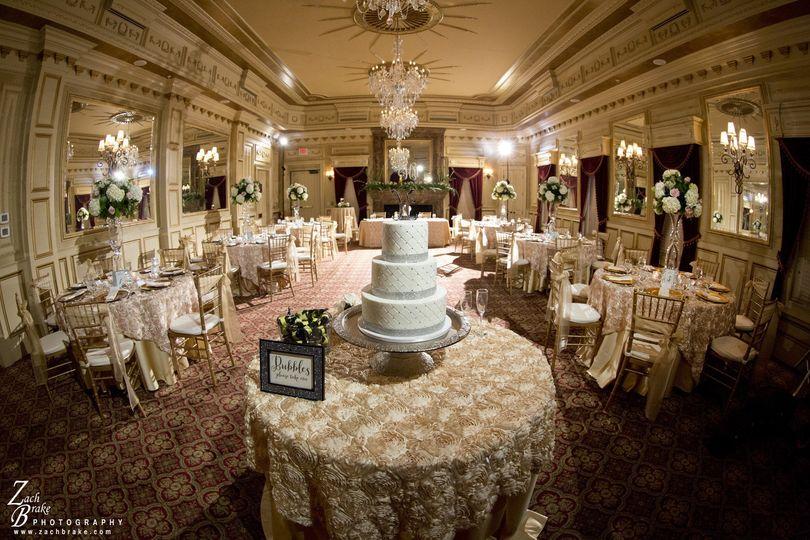 doug smith designs events flowers lexington ky weddingwire. Black Bedroom Furniture Sets. Home Design Ideas