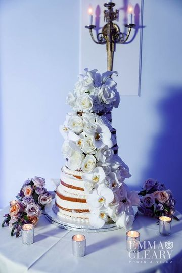 We include a Stunning Wedding Cake