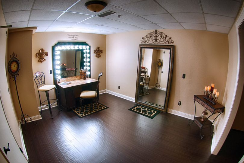 Jazz Room Bridal Suite