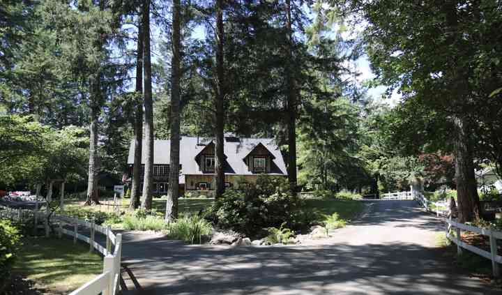 Bear's Lair Bed and Breakfast