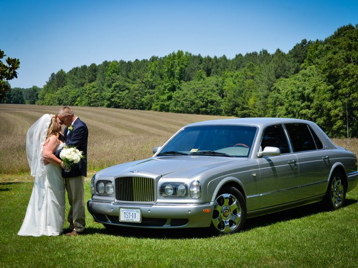 Tmx Dsc 5547 51 934909 Charlottesville wedding transportation