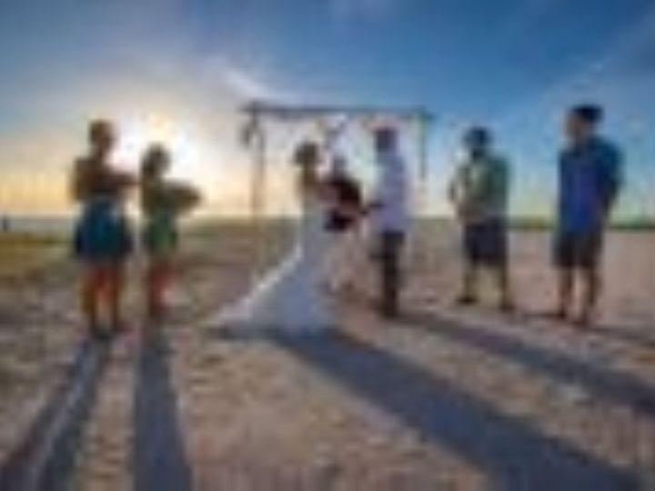 Tmx Img 0700 51 1896909 159753896744340 Sarasota, FL wedding planner
