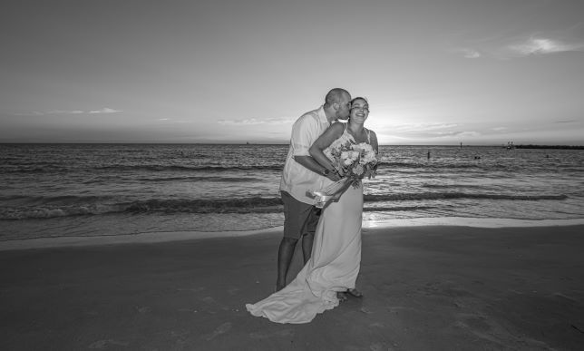 Tmx Img 1347 51 1896909 159753896813949 Sarasota, FL wedding planner