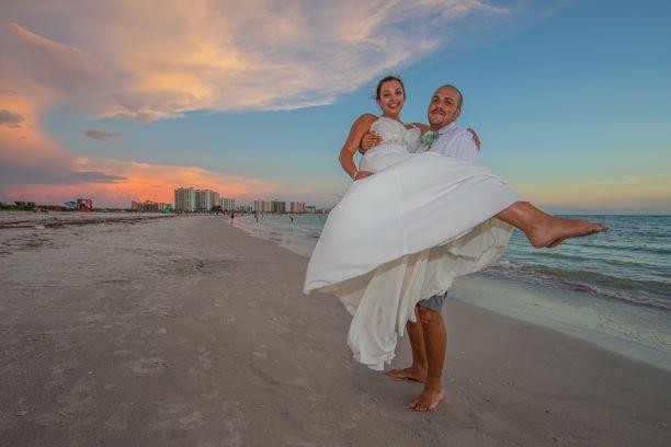 Tmx Img 1418 51 1896909 159753896820437 Sarasota, FL wedding planner