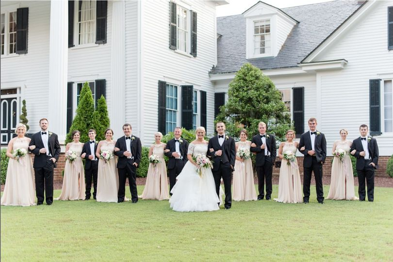 Raleigh, NC Wedding Planner | Rose Hill Plantation | Luxury Wedding | Destination Wedding Location |...