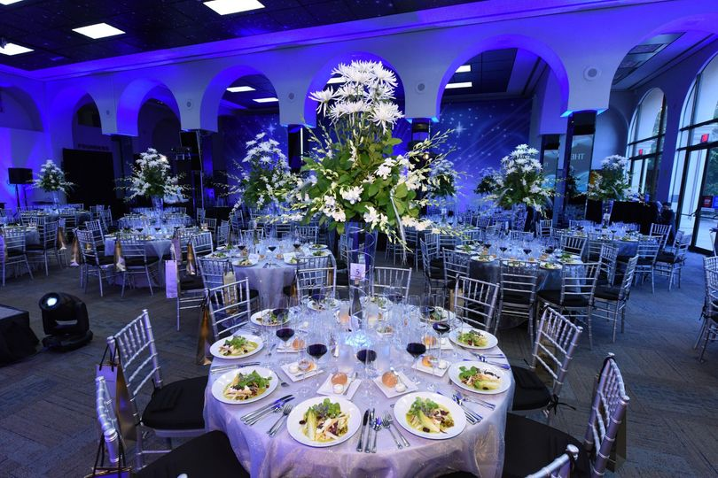 tables with plates and backdrop 51 498909 159111552214671