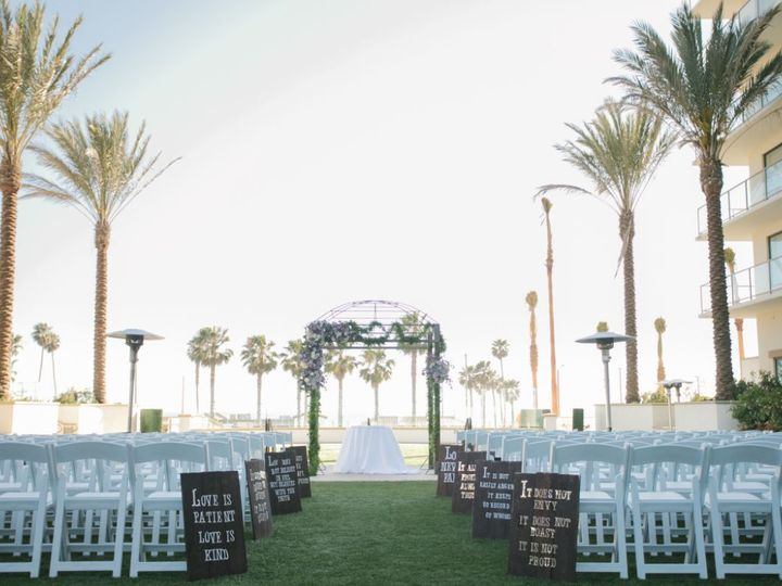 Tmx 1532555593 935671e91251e58b 1532555592 0adb327c919457a5 1532555585629 1 Vista Lawn Huntington Beach, CA wedding venue