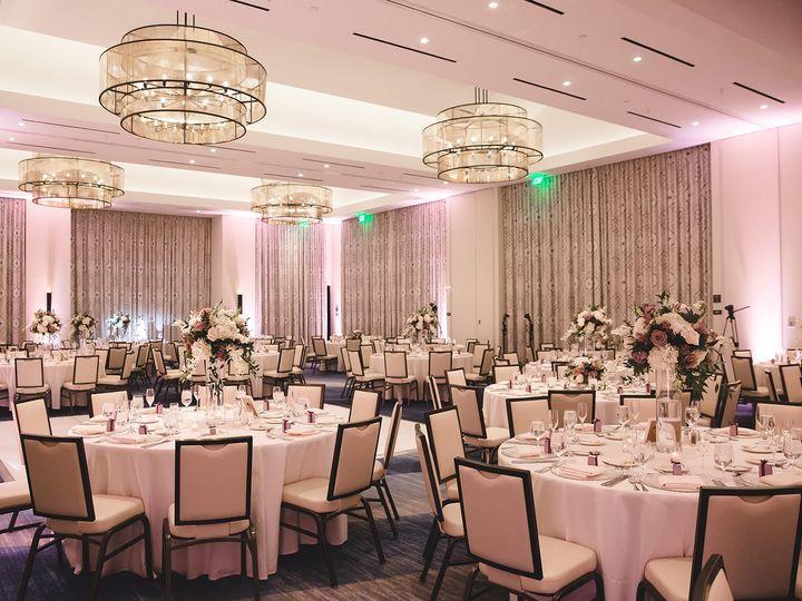 Tmx Roberta Nicole Photography Lu 238 51 111019 Huntington Beach, CA wedding venue